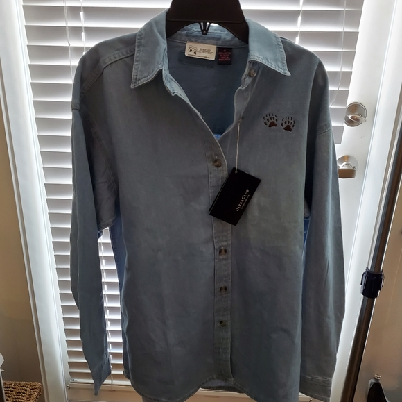 Bushland Outfitters Other - BRAND NEW Bushland Outfitters Denim Button-Down